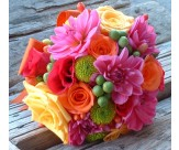 Яркий свадебный букет